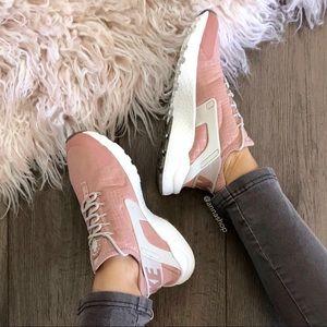 NWT Nike Huarache Run Ultra Pink